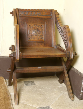 Glastonbury chair