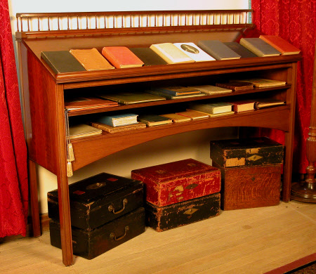 Sir Winston's standing desk